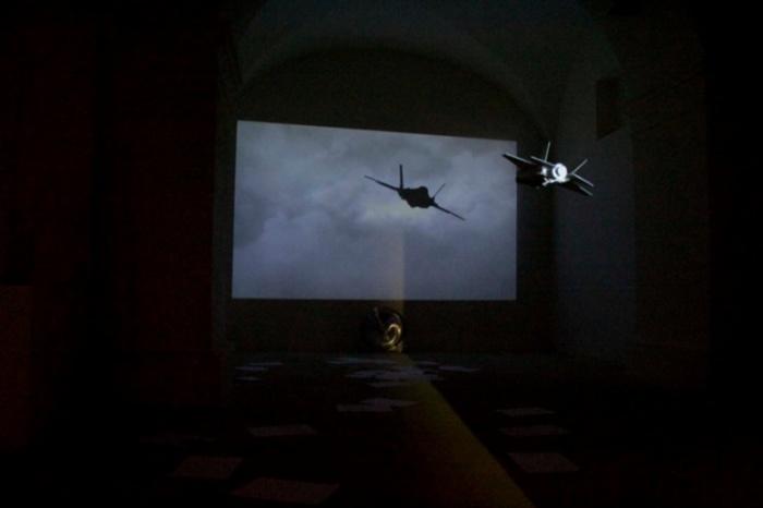 Franco Fiorillo - Insanity Plane - Installazione dimensioni ambientali - 2015 - Museolaboratorio ex manifattura tabacchi
